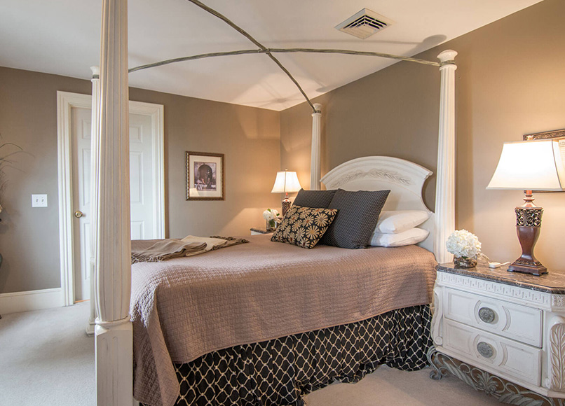 champagne room, Magnolia Place Bed & Breakfast, Finger Lakes, NY