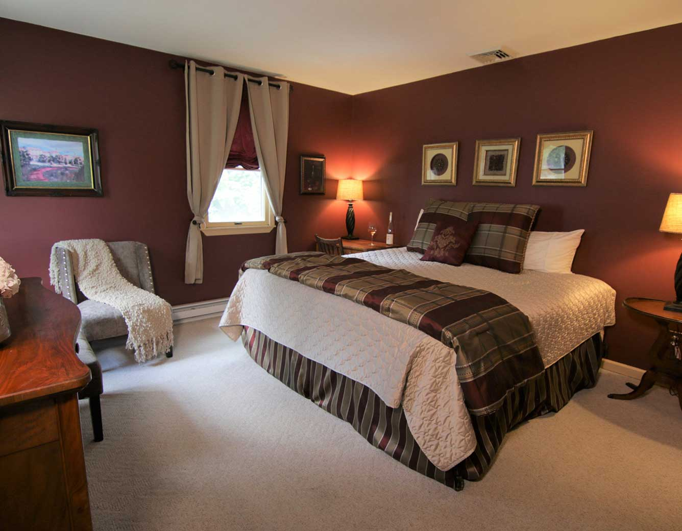 Vintner's Bed Room, Magnolia Place Bed & Breakfast, Finger Lakes, NY